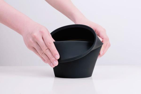 Fold-Pot-Emanuele-Pizzolorusso-Zincere-3-600x399