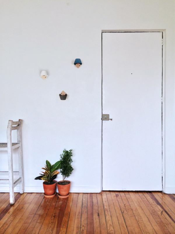 Loop-Wall-Hook-LaSelva-design-studio-5-600x800