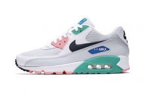 """เพิ่มสีสันให้ซัมเมอร์นี้ กับ Nike's Air Max 90 """"Summer Sea"""""""